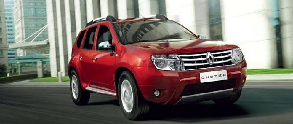 Renault Duster 2012: фото салона
