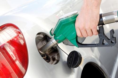 Обещания не оправдались: рост цен на бензин в 2018 году в два раза превысил инфляцию