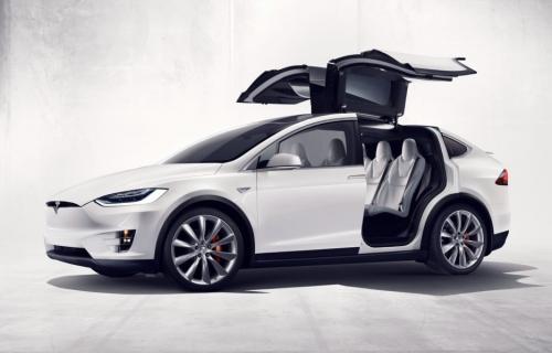 Tesla сокращает модельную линейку. Трудные времена настают?